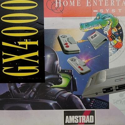 Une belle console Amstrad GX 4000 complète 1